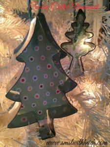 Cookie Cutter Ornament DIY
