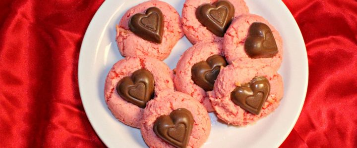 Strawberry Cake Cookies