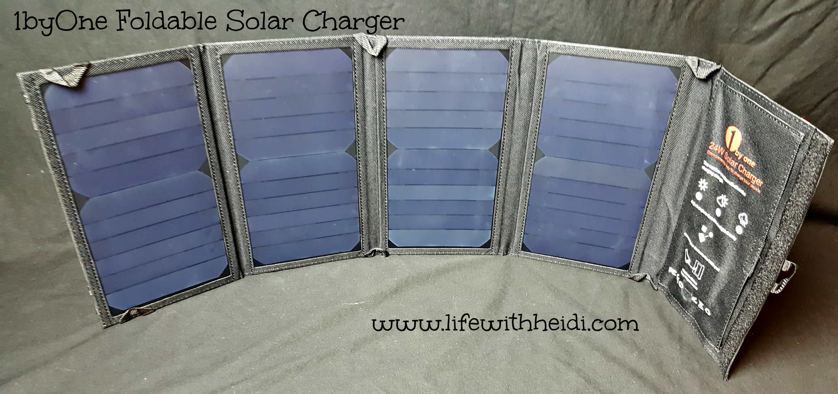 1byOne Foldable Solar Charger