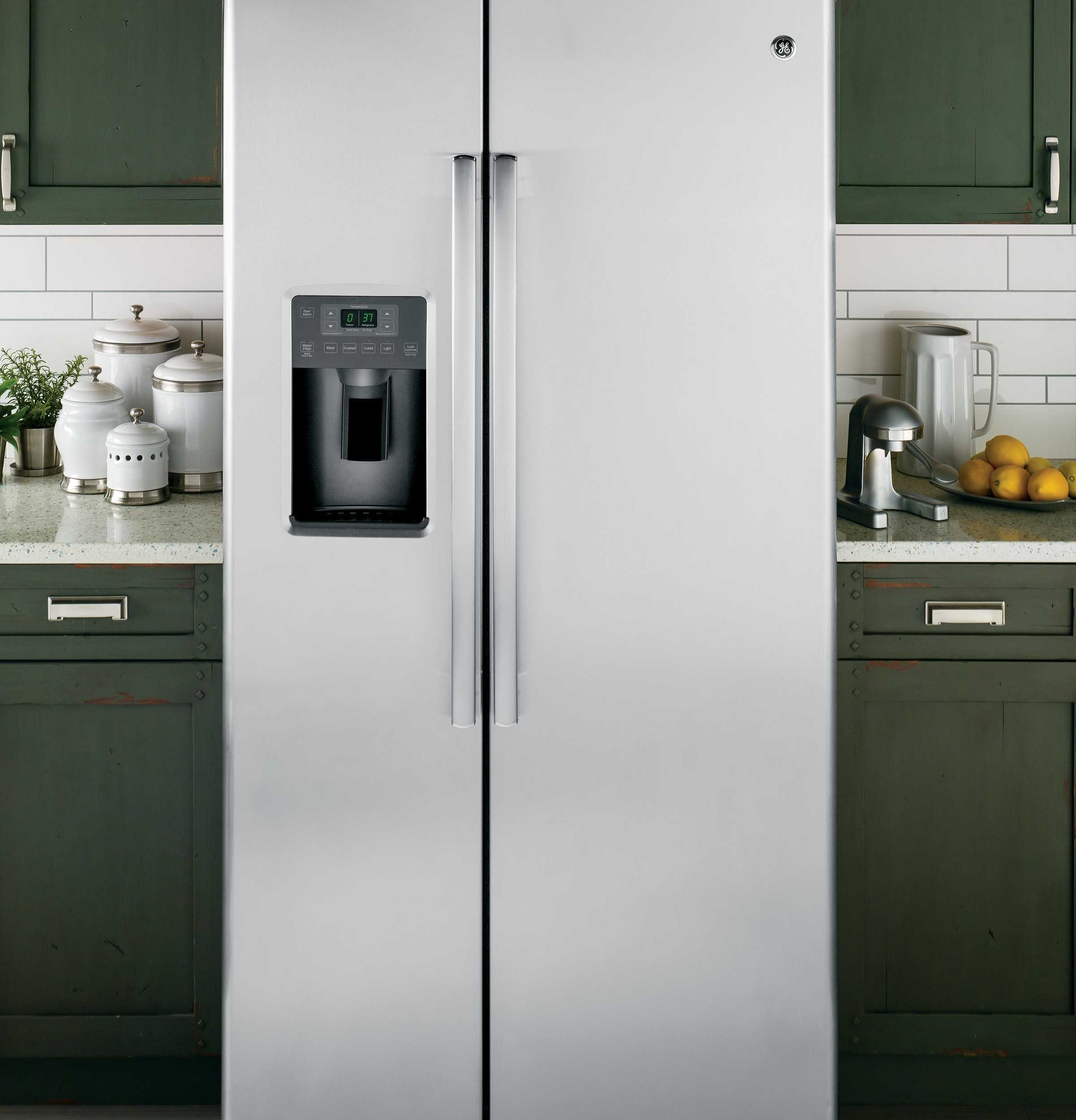 Ways to save on a kitchen remodel life with heidi for Kitchen remodel refrigerator