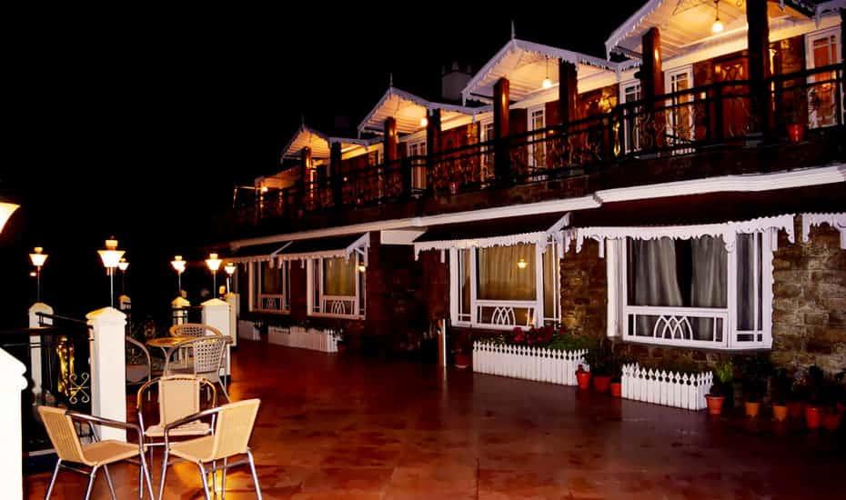 Best Hotels in Darjeeling for Honeymooners