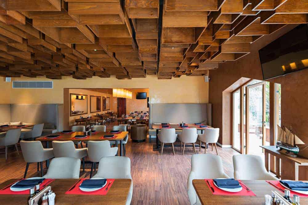 Make Your Restaurant More Premium – Top 10 Design and Decor Hacks