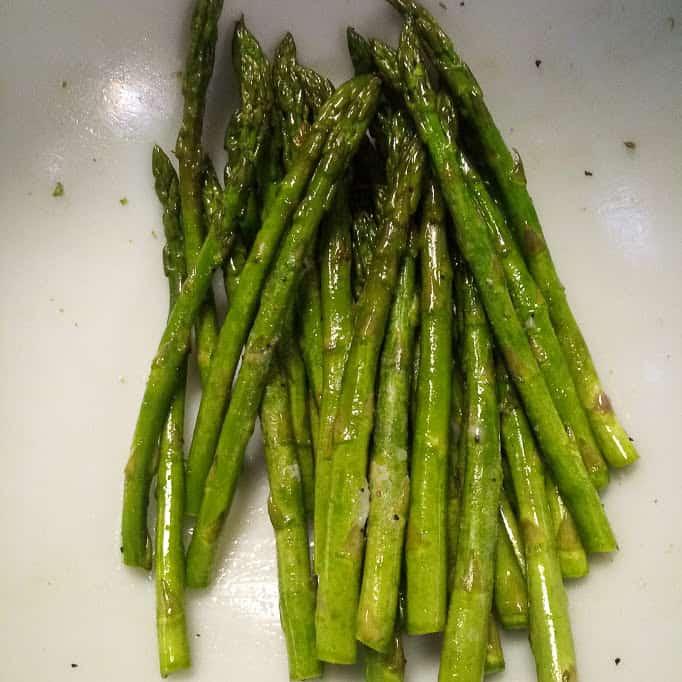 Baked Lemon Salmon & Asparagus