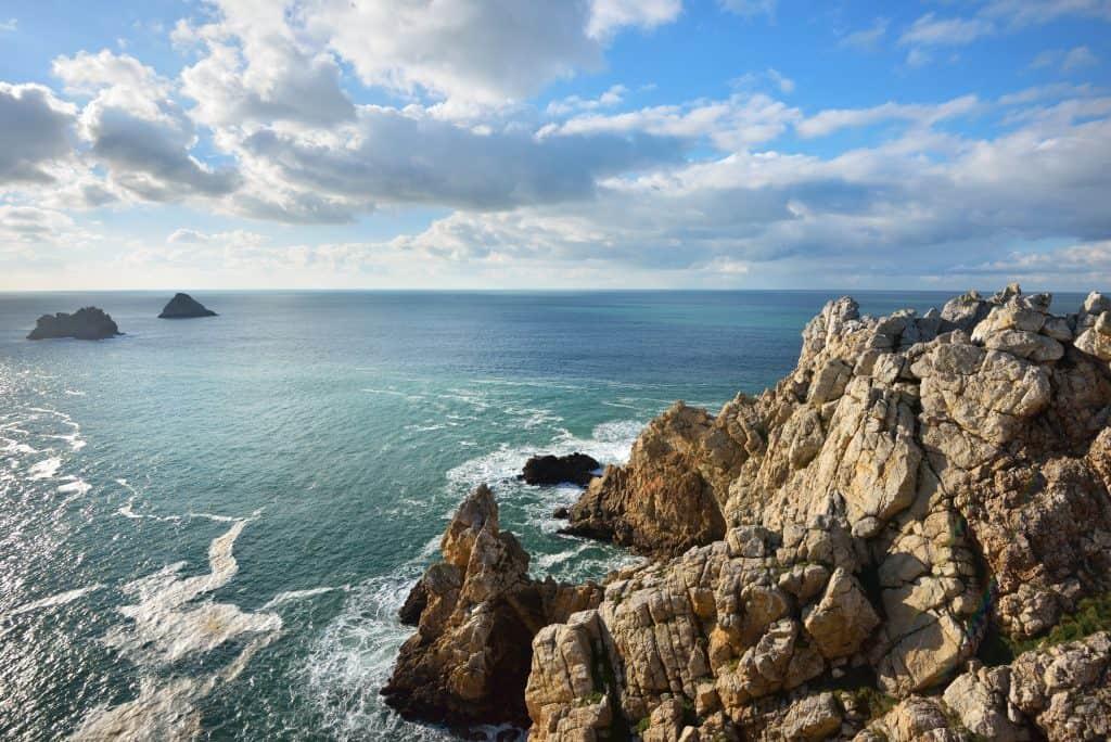 5 Lifehacks To Make Traveling Easier