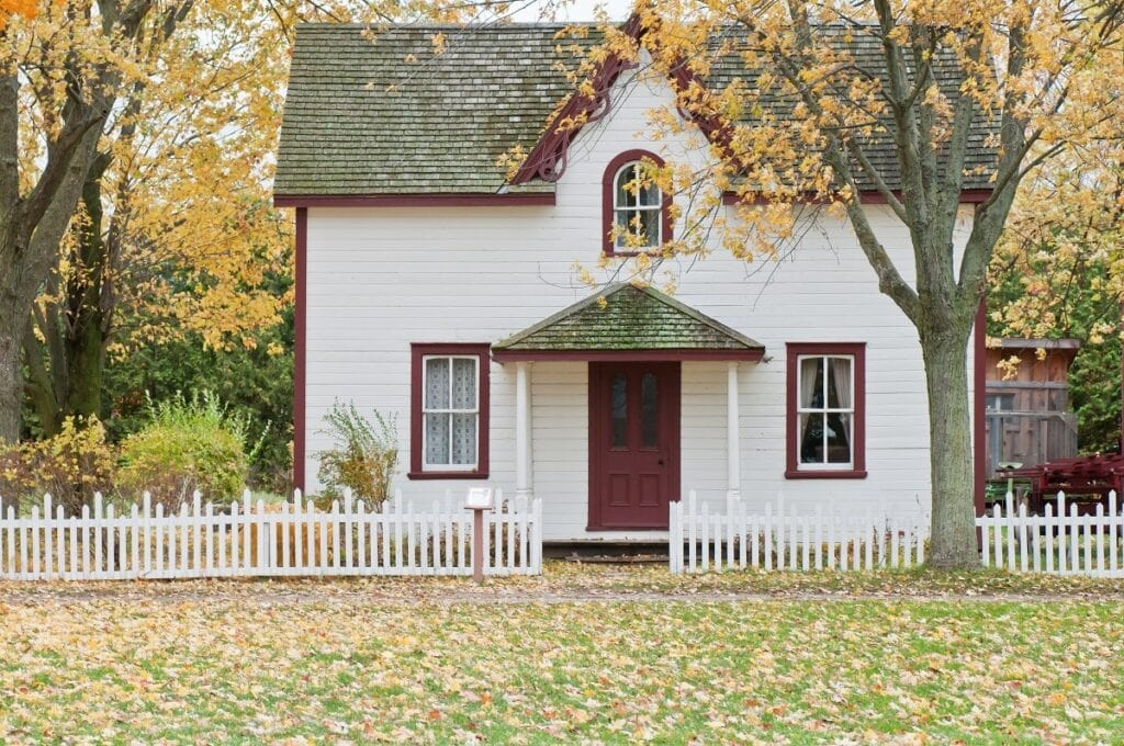 Can't Find the Perfect Home? Here Are 3 Things You Should Know About House Hunting