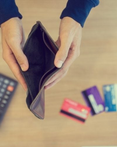 Handling a Financial Emergency Without Going Deep in Debt